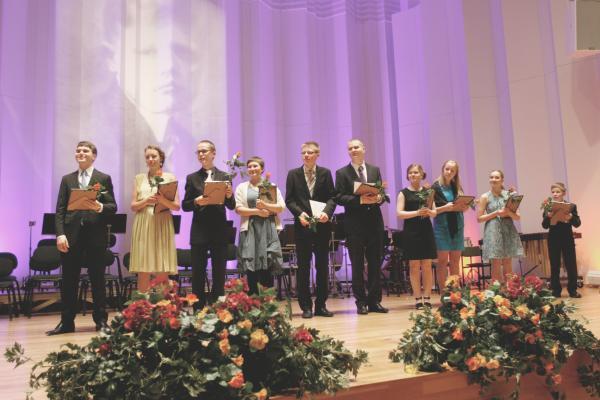 II Lasten ja nuorten Uuno Klami -sävellyskilpailun finalistit 2012. Kuva: Heikki Y. Rissanen.
